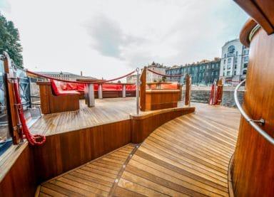 Теплоход Адмирал - вид открытой палубы