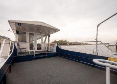 Теплоход Москва 212 - открытая палуба